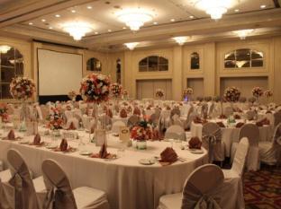 Century Park Hotel Manila - Saló de ball