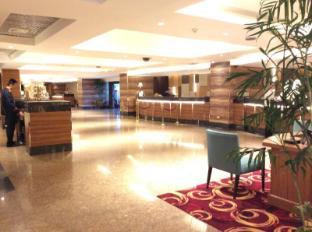 世纪公园酒店 马尼拉 - 接待处