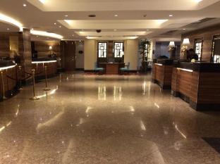 Century Park Hotel Manila - Vestíbul