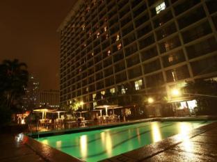 Manila Pavilion Hotel & Casino Manila - Swimming Pool