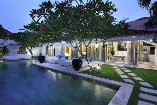 5 Star Private Villa, Seminyak, Bali Villa 2060