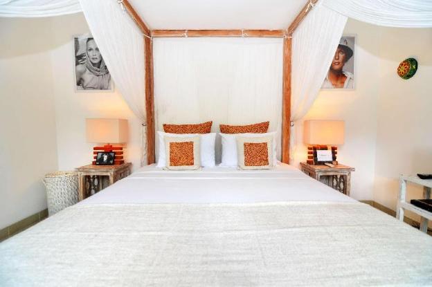 5 Star Private Villa, Seminyak, Bali Villa 2070
