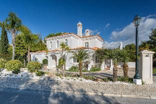5 Star Private Villa  Quinta do Lago Resort  Algarve Villa 1042