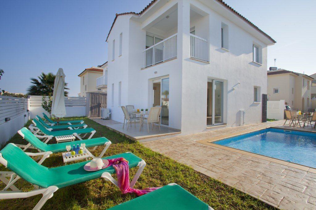 Villa Dorothy 2 Minute Walk From Pernera Beach Protaras Villa 111