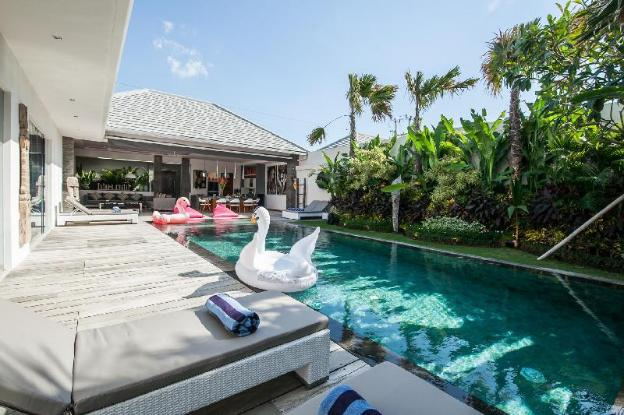 Picture Enjoying a Luxury 5 Star Villa Holiday in Seminyak, For Less Than a Standard Hotel Rate