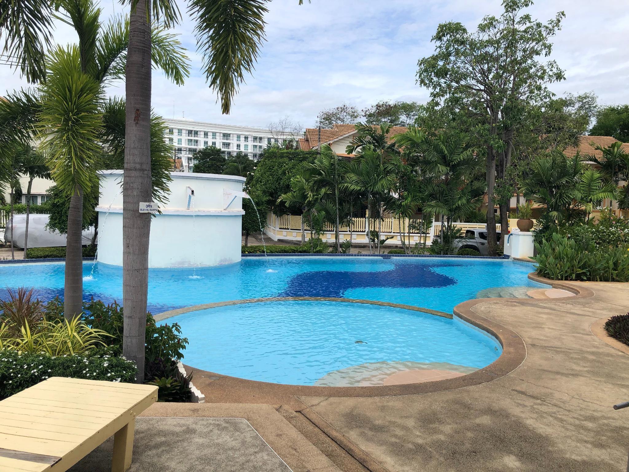 Pattaya Pool Villa TLH
