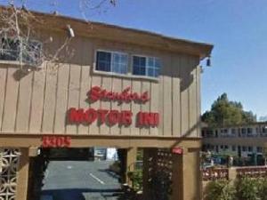 Stanford Motor Inn