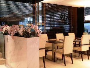Peninsula Excelsior Hotel Singapore - Ristorante