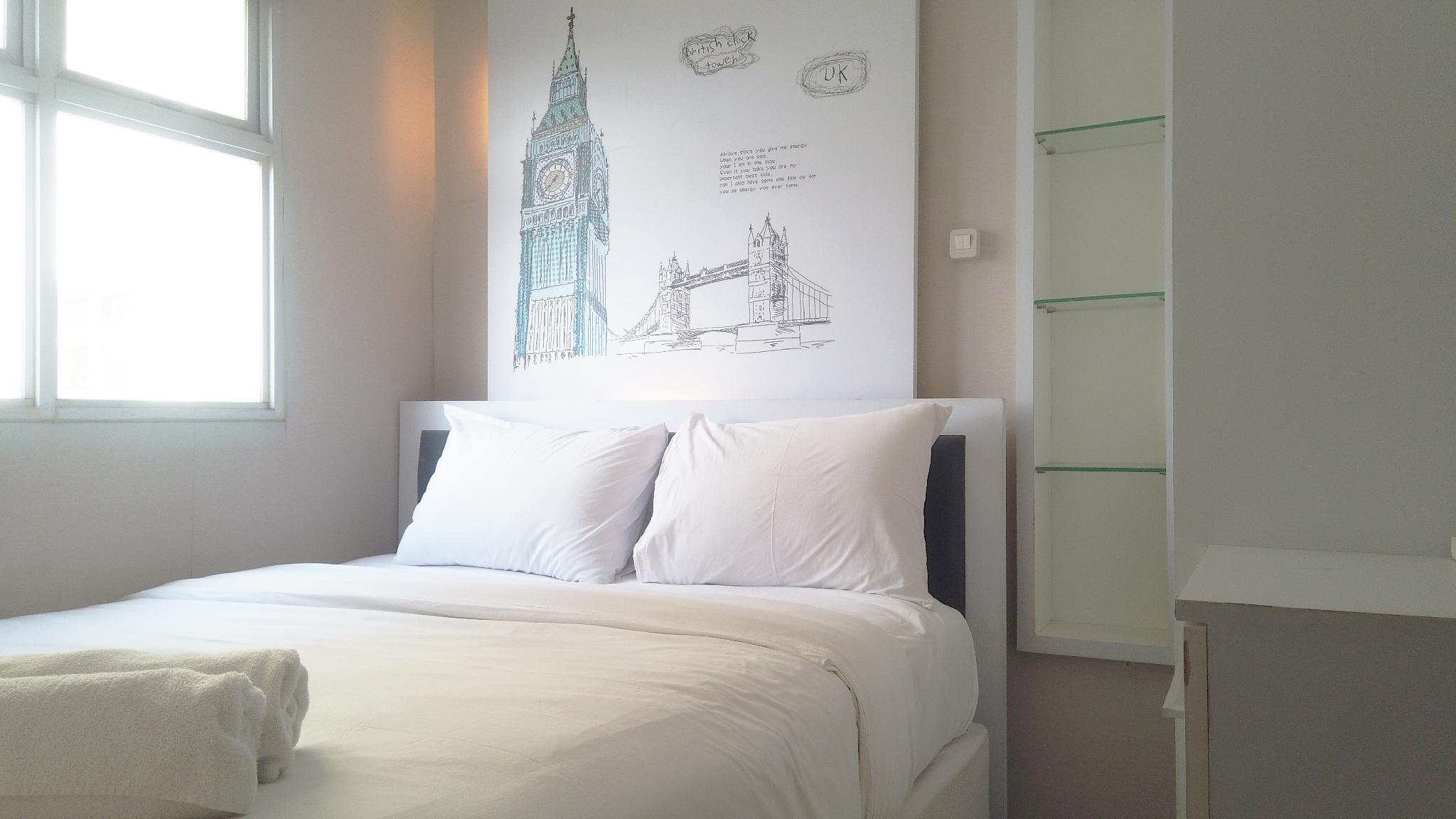 Trendy 2BR @ The Suite Metro Apartment By Travelio