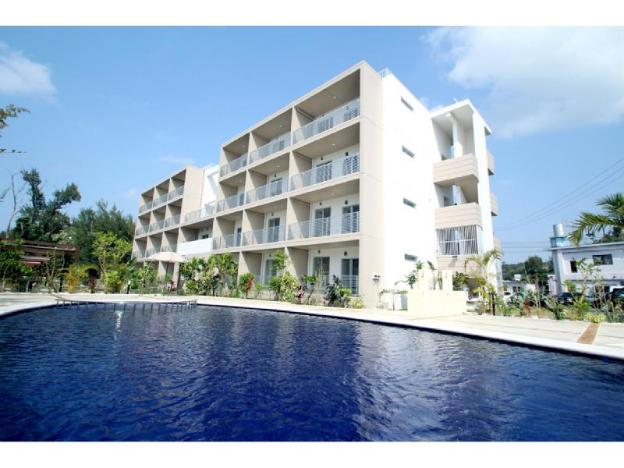 Resort Class Inn Onna