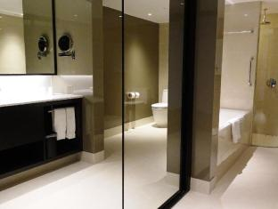 Concorde Hotel Singapore Singapore - Premier Suite Bathroom