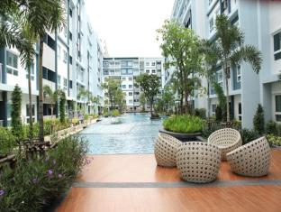 The Trust Hua Hin Condo Mermaid Pool View Room No. 53/614