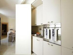 Francesco Crispi 1 Bedroom Apartment