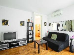 Eixample Esquerre Entenca Av Roma II 2 Bedroom Apartment