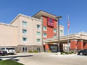 Comfort Suites Hotel Minot