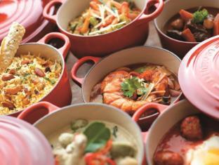 Shangri-La's Rasa Sentosa Resort & Spa Singapore - Casserole delicacies