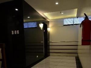 Oriental Zen Suites