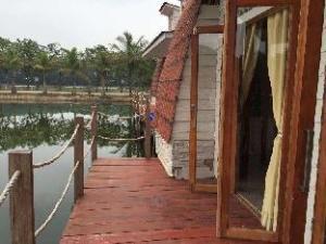 Kanaka Lake Villa