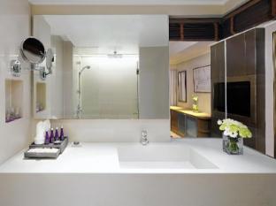AVANI Atrium Bangkok Hotel Bangkok - Deluxe Bathroom