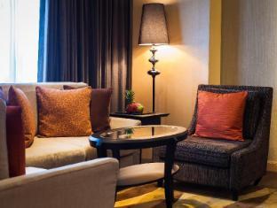 Amari Watergate Hotel Bangkok - Suite Room