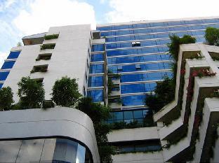 フォーウィングス ホテル Four Wings Hotel