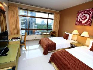 ピナクル ルンピニ ホテル Pinnacle Lumpinee Park Hotel