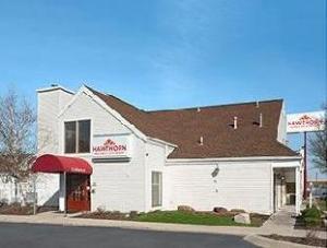 Hawthorn Suites - Fort Wayne