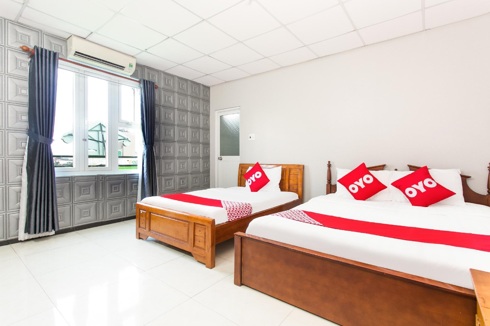OYO 501 Honey Hotel