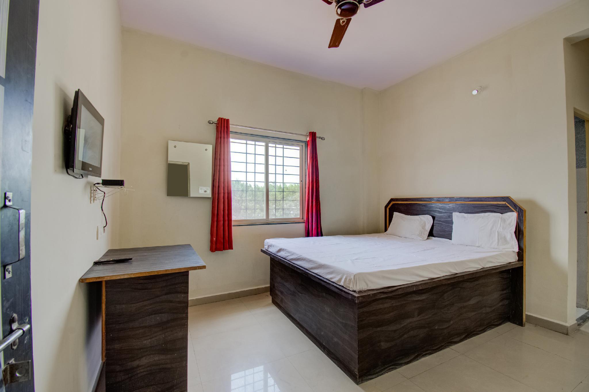 SPOT ON 60187 Hotel Annapurna Lodging