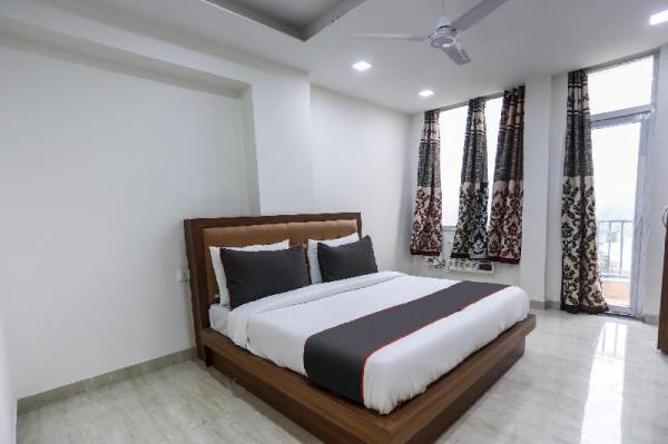 Collection O 50241 The Elite Ambience knowlenge park III New Delhi and NCR