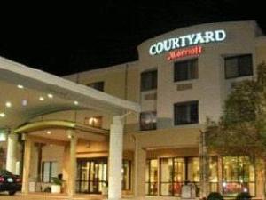 Courtyard Brunswick