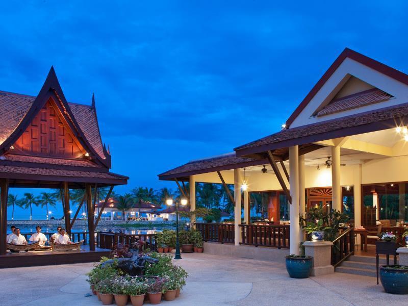 Dusit Thani Hua Hin Hotel โรงแรมดุสิตธานี หัวหิน