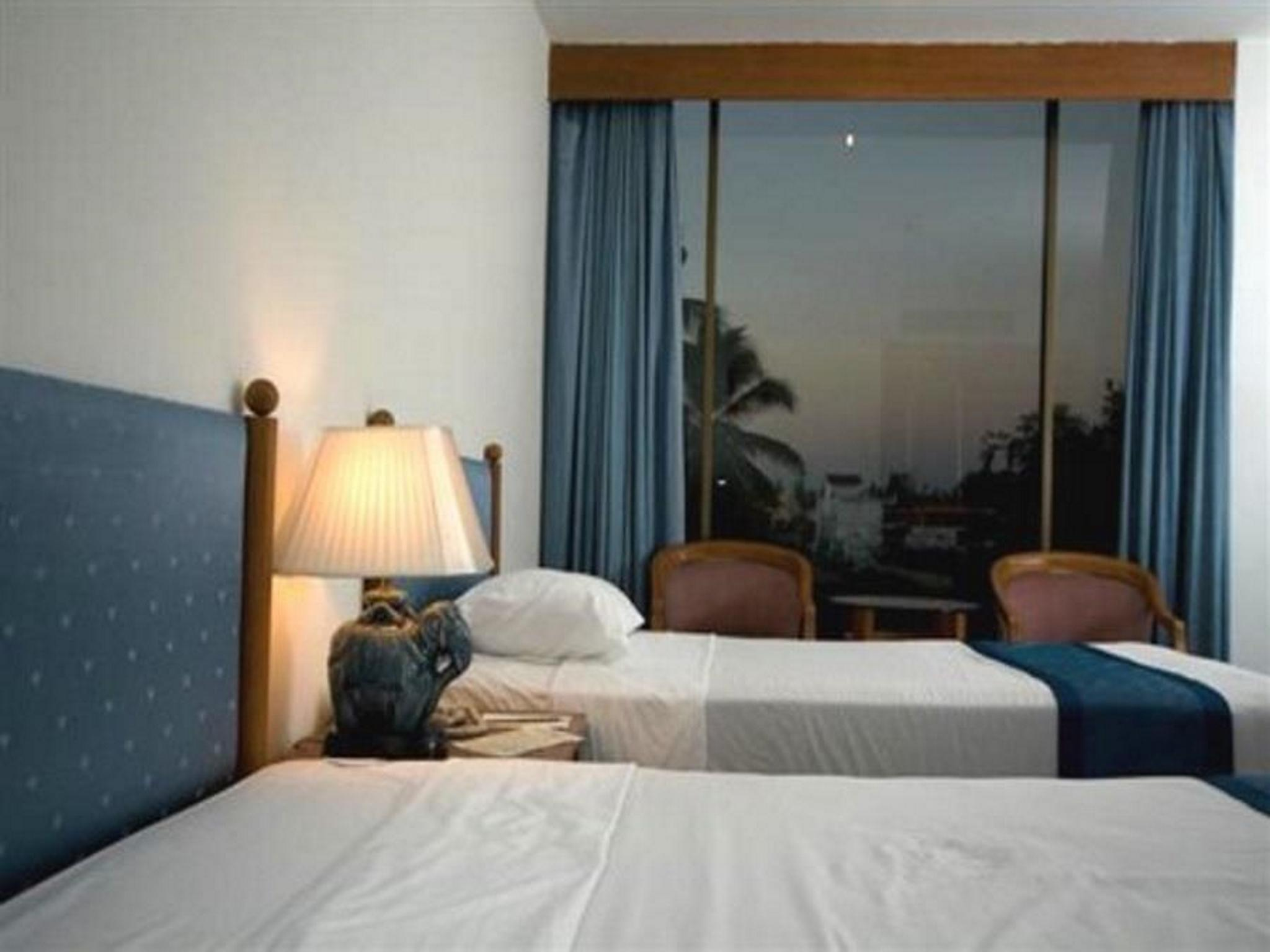 Tarin Hotel โรงแรมธาริน