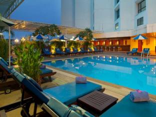 Holiday Inn Chiangmai Chiang Mai - Swimming Pool