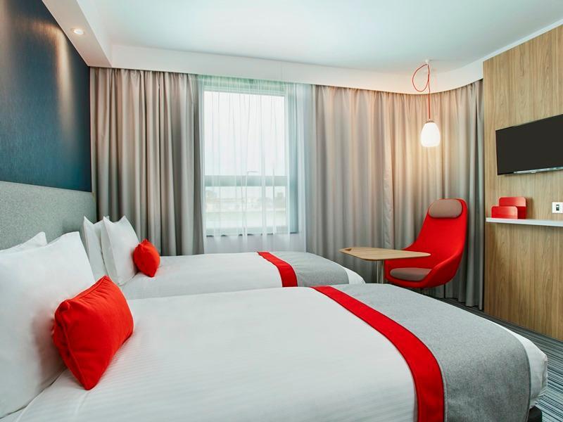 Holiday Inn Express London Ealing