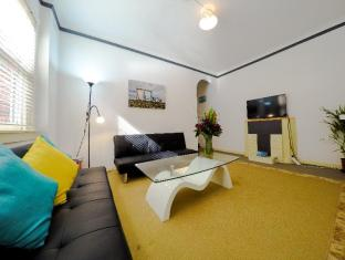 Manly One Bedroom Apartment