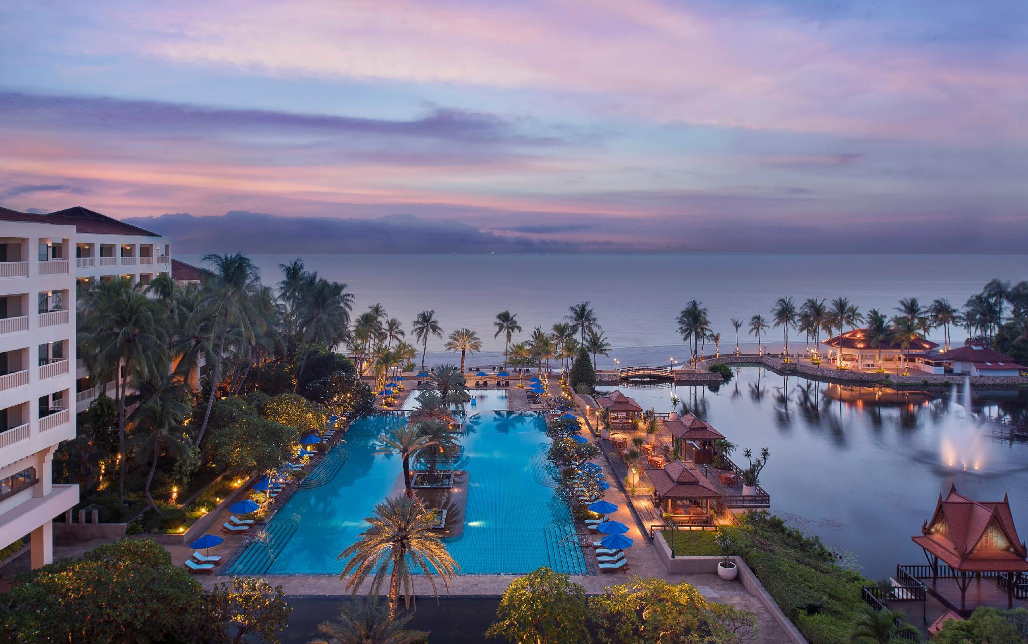 Dusit Thani Hua Hin Hotel - Hua Hin