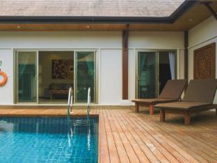 Two Villas Holiday: Oriental Style Layan Beach Phuket - Swimming Pool