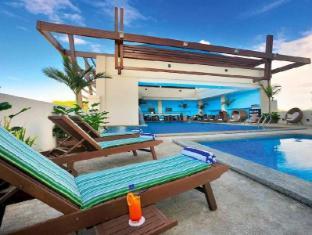 The Klagan Regency Hotel Kota Kinabalu - Outdoor Pool