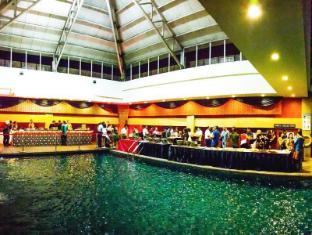The Klagan Regency Hotel Kota Kinabalu - Poolside Events