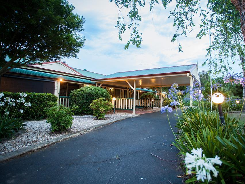 Bonville Lodge Pet Friendly Bed and Breakfast Reviews