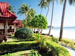 长湾度假村 (Long Bay Resort)