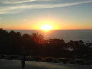 Ayara Kamala Resort Phuket - Sunset by main pool