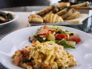Ayara Kamala Resort Phuket - Made-to-order Breakfast