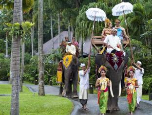 Elephant Safari Park Lodge Hotel Bali - Wedding-Off to the Alter