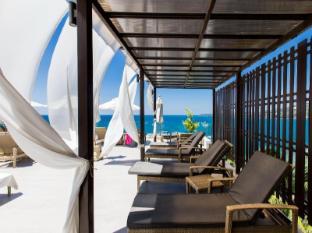 Cape Sienna Phuket Hotel and Villas Phuket - Pool Sundeck