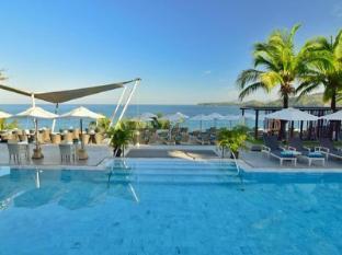 Cape Sienna Phuket Hotel and Villas Phuket - Swimming Pool with Seaview