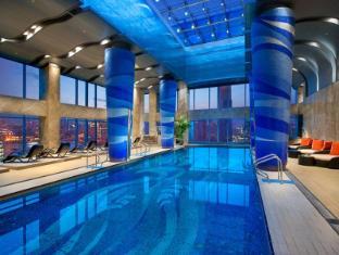 Grand Kempinski Hotel Shanghai Shanghai - Swimming Pool