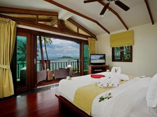 The Village Coconut Island Beach Resort Phuket - Grand Beach Front Pool Villa - Master Bedroom