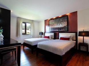 The Village Coconut Island Beach Resort Phuket - Twin Bedroom - 2 Bedroom Pool Villa